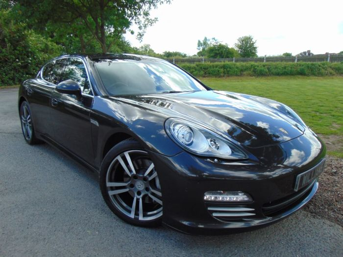 Porsche Panamera 4.8 V8 4S 4dr PDK (BOSE! Heated Rear Seats! ++) Hatchback Petrol Basalt Grey Metallic