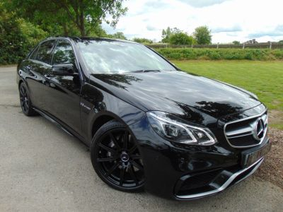 Mercedes-Benz E Class 5.5 E63 AMG MCT 4dr (Pan Roof! 360 Camera! +++) Saloon Petrol Obsidian Black MetallicMercedes-Benz E Class 5.5 E63 AMG MCT 4dr (Pan Roof! 360 Camera! +++) Saloon Petrol Obsidian Black Metallic at Williams Group Maidstone