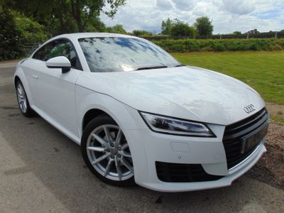 Audi TT 2.0T FSI Sport 2dr S Tronic (Tech Pack! Rear Camera! +++) Coupe Petrol Ibis WhiteAudi TT 2.0T FSI Sport 2dr S Tronic (Tech Pack! Rear Camera! +++) Coupe Petrol Ibis White at Williams Group Maidstone