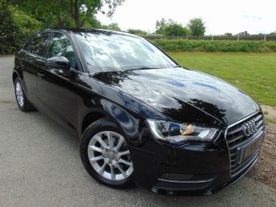 Audi A3 1.6 TDI 110 SE 5dr (FASH! Sat Nav! Parking Sensors! ++) Hatchback Diesel Brilliant BlackAudi A3 1.6 TDI 110 SE 5dr (FASH! Sat Nav! Parking Sensors! ++) Hatchback Diesel Brilliant Black at Williams Group Maidstone