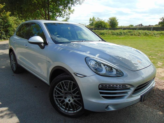 Porsche Cayenne 3.0 Diesel [245] 5dr Tiptronic S (20in RS Alloys! pan Roof! BOSE! £12,000 Options) Estate Diesel Classic Silver Metallic