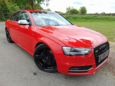 Audi S4 3.0 S4 Quattro 4dr S Tronic (Tech Pack! Sunroof! +++) Saloon Petrol Misano Red PearlAudi S4 3.0 S4 Quattro 4dr S Tronic (Tech Pack! Sunroof! +++) Saloon Petrol Misano Red Pearl at Williams Group Maidstone