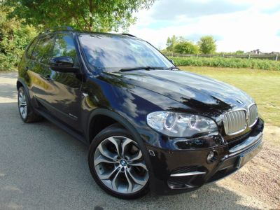 BMW X5 3.0 xDrive40d SE 5dr Auto (Huge Spec! £19,000 Options! +++) Estate Diesel Bmw Individual Ruby Black MetallicBMW X5 3.0 xDrive40d SE 5dr Auto (Huge Spec! £19,000 Options! +++) Estate Diesel Bmw Individual Ruby Black Metallic at Williams Group Maidstone
