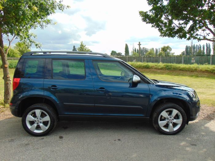 Skoda Yeti Outdoor 2.0 TDI CR Tour de France 4x4 5dr (Rough Road Pack! FSH! Nav! +++) Hatchback Diesel Petrol Blue Metallic