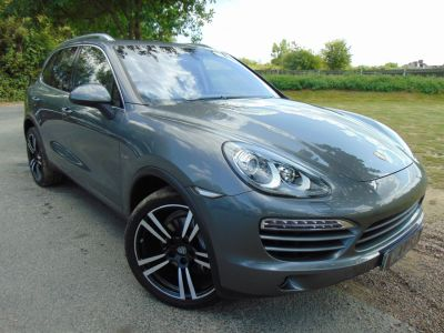 Porsche Cayenne 3.0 Diesel [245] 5dr Tiptronic S (21in Turbo II Alloys! PASM! ++) Estate Diesel Meteor Grey MetallicPorsche Cayenne 3.0 Diesel [245] 5dr Tiptronic S (21in Turbo II Alloys! PASM! ++) Estate Diesel Meteor Grey Metallic at Williams Group Maidstone