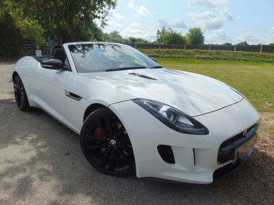 Jaguar F-type 3.0 V6 S Quickshift 2dr (20in Alloys! Premium Leather! +) Convertible Petrol Polaris WhiteJaguar F-type 3.0 V6 S Quickshift 2dr (20in Alloys! Premium Leather! +) Convertible Petrol Polaris White at Williams Group Maidstone