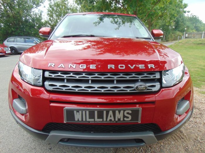 Land Rover Range Rover Evoque 2.2 SD4 Pure 5dr (Electric Tailgate! Meridian! ++) Estate Diesel Firenze Red Premium Metallic