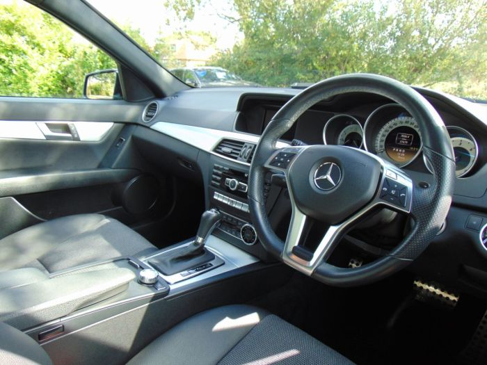 Mercedes-Benz C Class 2.1 C220 CDI BlueEFFICIENCY Sport 4dr Auto (Full Merc SH! 18in Alloys! ++) Saloon Diesel Canvasite Blue Metallic