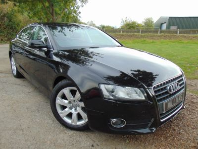 Audi A5 2.0 TDI 143 SE 5dr (FSH! Bluetooth! Brown Leather! +) Hatchback Diesel Phantom Black PearlAudi A5 2.0 TDI 143 SE 5dr (FSH! Bluetooth! Brown Leather! +) Hatchback Diesel Phantom Black Pearl at Williams Group Maidstone
