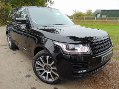 Land Rover Range Rover 4.4 SD V8 Vogue SE Auto 4WD 5dr (FLRSH! 21in Alloys! Pan Roof! ++) SUV Diesel Barolo Black Premium MetallicLand Rover Range Rover 4.4 SD V8 Vogue SE Auto 4WD 5dr (FLRSH! 21in Alloys! Pan Roof! ++) SUV Diesel Barolo Black Premium Metallic at Williams Group Maidstone
