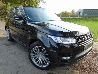 Land Rover Range Rover Sport 3.0 SDV6 [306] HSE Dynamic 5dr Auto [7 seat] (7 Seats! Stealth Pack! FLRSH! ++) Estate Diesel Ultimate Black MetallicLand Rover Range Rover Sport 3.0 SDV6 [306] HSE Dynamic 5dr Auto [7 seat] (7 Seats! Stealth Pack! FLRSH! ++) Estate Diesel Ultimate Black Metallic at Williams Group Maidstone