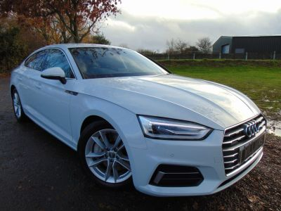 Audi A5 2.0 TFSI Sport Sportback S Tronic quattro (s/s) 5dr (Full Audi SH! Rear Camera! ++) Hatchback Petrol Ibis WhiteAudi A5 2.0 TFSI Sport Sportback S Tronic quattro (s/s) 5dr (Full Audi SH! Rear Camera! ++) Hatchback Petrol Ibis White at Williams Group Maidstone