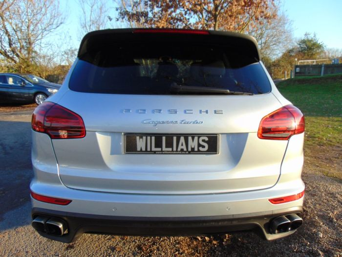 Porsche Cayenne 4.8T Turbo Tiptronic 4WD (s/s) 5dr (21in Sport Alloys! FPSH! +++) SUV Petrol Rhodium Silver Metallic