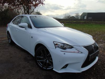 Lexus IS 300 2.5 F Sport E-CVT 4dr (Low Miles! Nav! Heated Seats! ++) Saloon Petrol / Electric Hybrid F Sport WhiteLexus IS 300 2.5 F Sport E-CVT 4dr (Low Miles! Nav! Heated Seats! ++) Saloon Petrol / Electric Hybrid F Sport White at Williams Group Maidstone