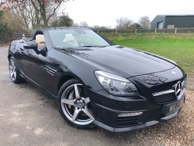 Mercedes-Benz SLK 5.5 SLK 55 2dr Tip Auto (Full Merc SH! 18in Alloys! ++) Convertible Petrol Obsidian Black MetallicMercedes-Benz SLK 5.5 SLK 55 2dr Tip Auto (Full Merc SH! 18in Alloys! ++) Convertible Petrol Obsidian Black Metallic at Williams Group Maidstone